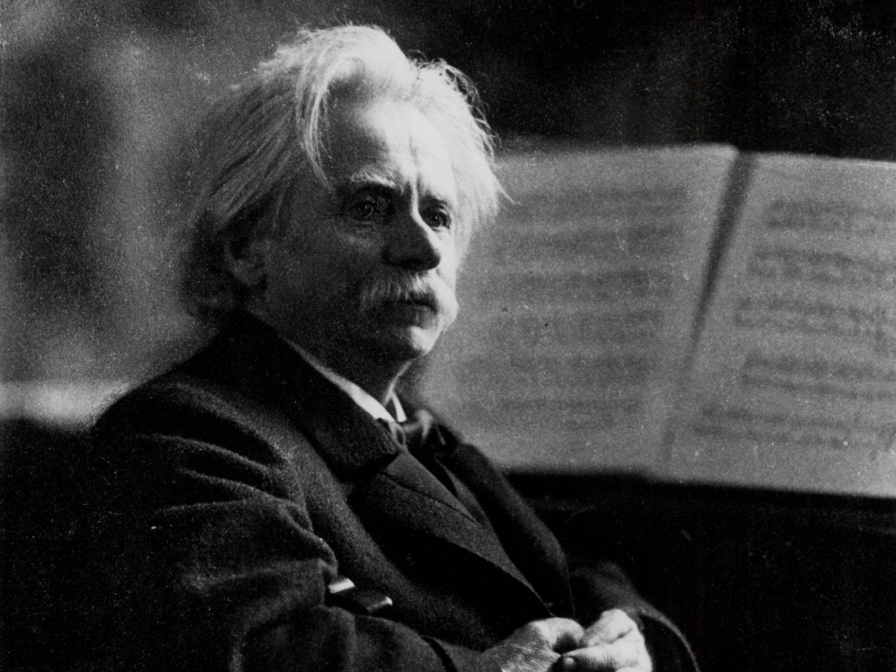 (edvard_grieg_at_the_piano)_(3469865027)